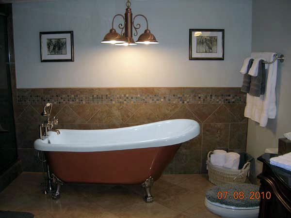 Baths of Distinction clawfoot tubs and freestanding bathtubs